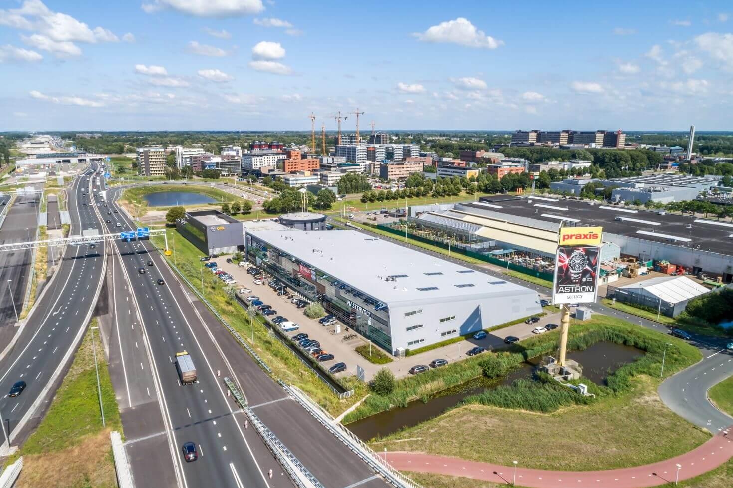 Bedrijfs- en kantoorruimte Snijdersbergweg 93-97
