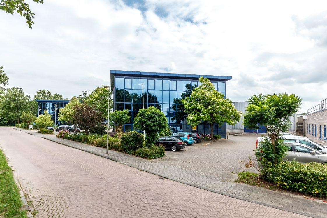 Kantoor- en Bedrijfsruimte Groningenhaven 16-20